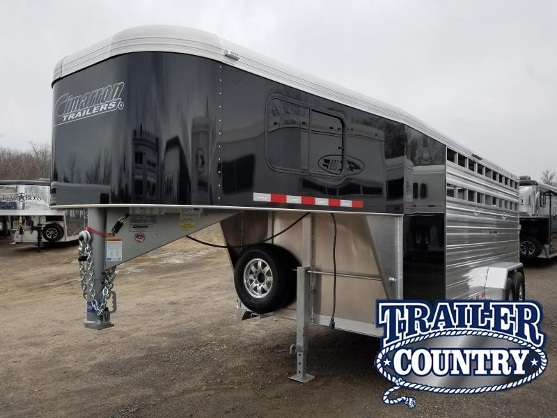 2019 Cimarron Trailers LONESTAR 20 FT Livestock Trailer