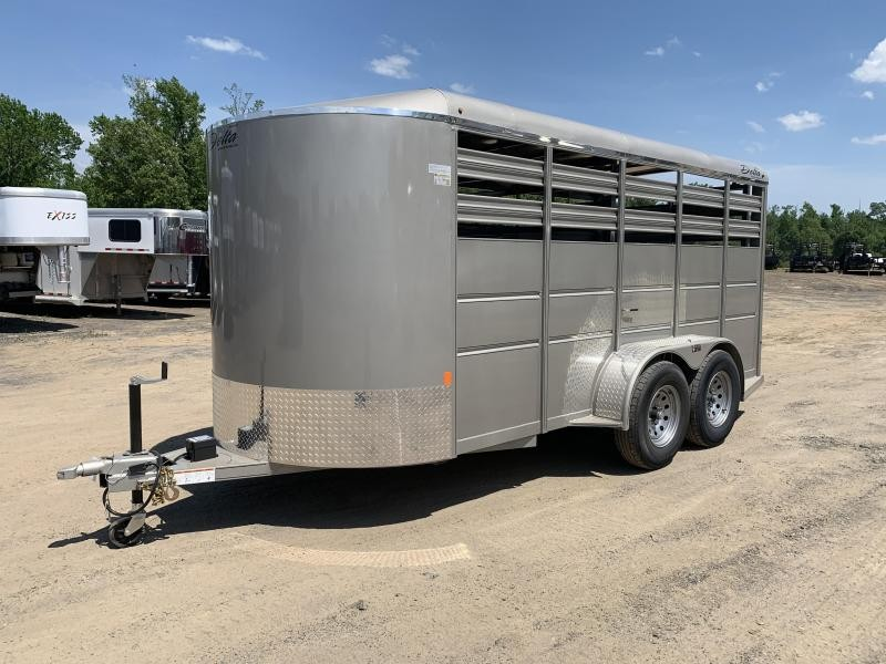 2019 Delta Manufacturing 16FT 500ES STOCK Livestock Trailer