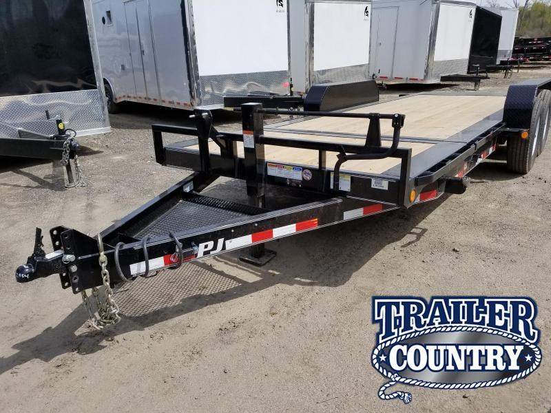 2018 PJ Trailers 81X20 TILT Equipment Trailer in Itta Bena, MS