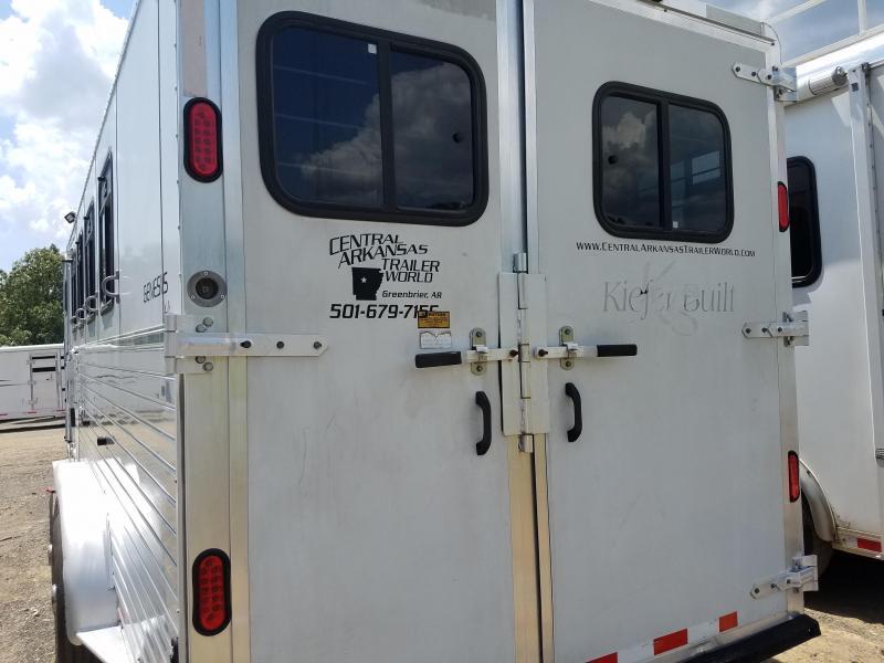 2001 Kiefer Built GENESIS X4 Horse Trailer