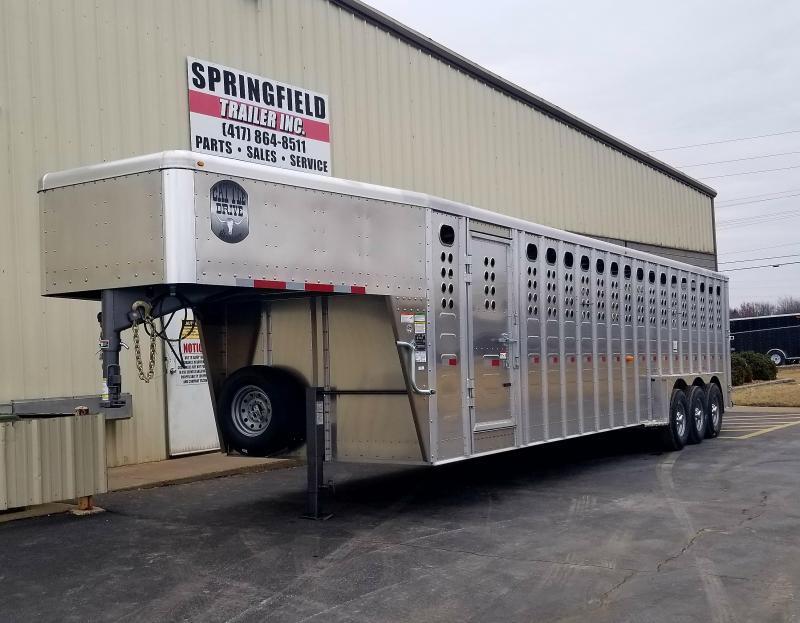 2018 Merritt Equipment 32 LIVESTOCK TRAILER N039 Livestock Trailer