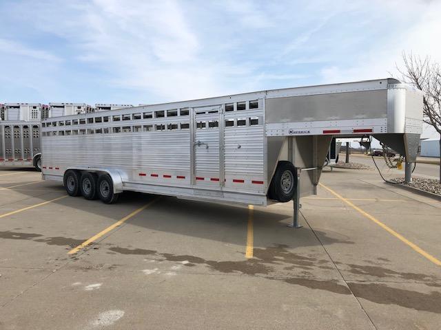 "2020 EBY Maverick 30'x6'11""x6'6"" 7k Tri-Axle Gooseneck Livestock Trailer in Ashburn, VA"