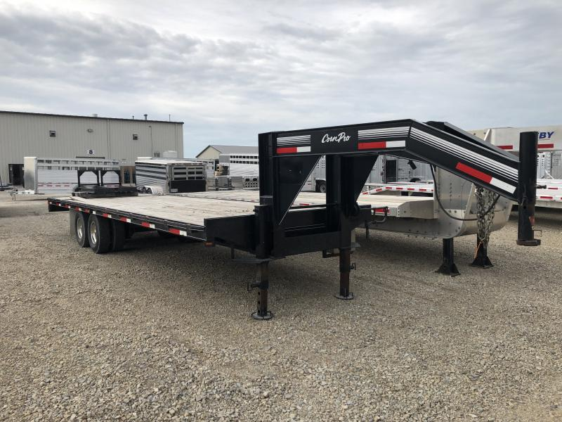 2008 28' Corn Pro Equipment Flatbed Gooseneck Trailer