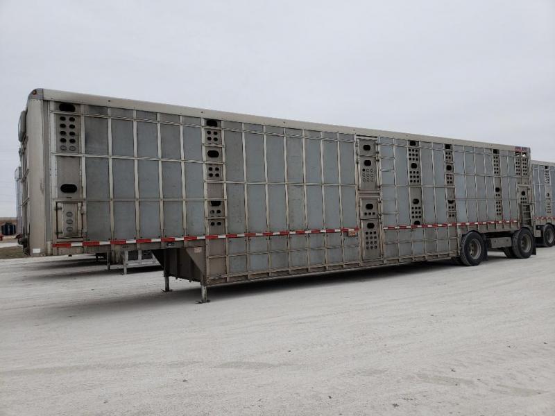 """2016 EBY Bull Ride 53'x102""""x13'6"""" Spread Axle Livestock-Semi"""