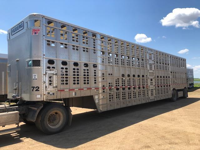2013 Wilson 53' Livestock Semi Trailer   in SD