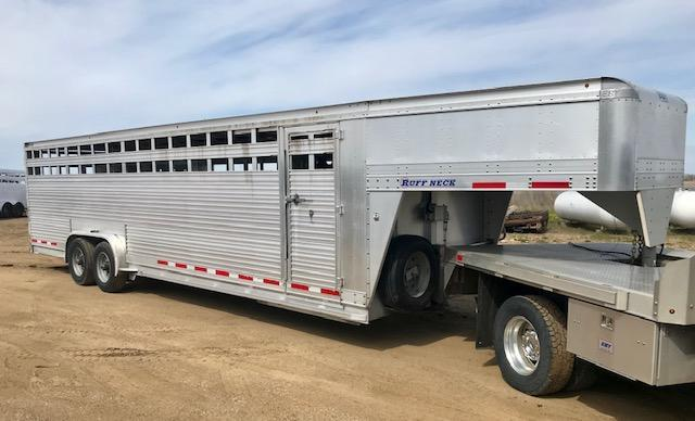 "2015 Eby 28' x 7'6"" Ruff Neck Gooseneck Livestock Trailer in Ashburn, VA"