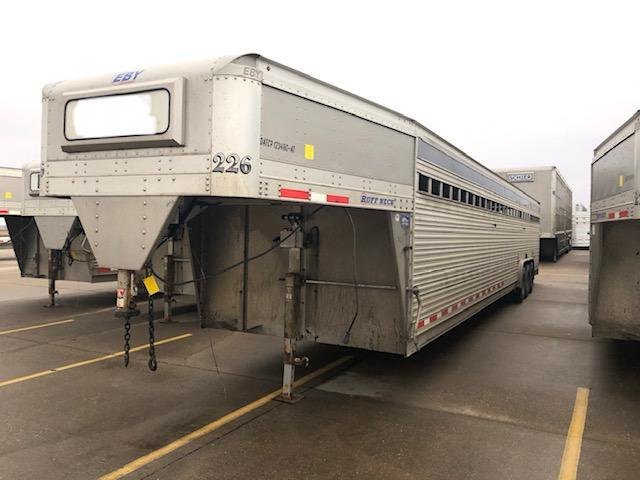 2017 EBY 40'x8' Ruff Neck Gooseneck Livestock Trailer in SD