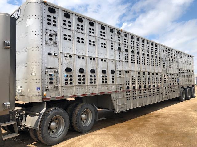 Wilson 53' Tri-Axle Livestock Semi Trailer  Pot Livestock-Semi