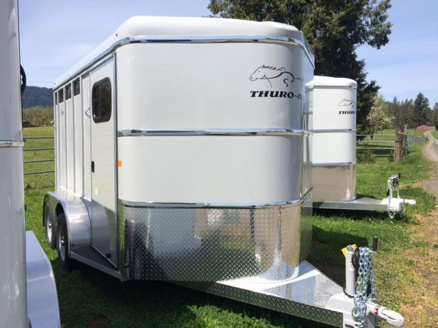 2018 Thuro-Bilt 2H Wrangler Plus Horse Trailer JR180124