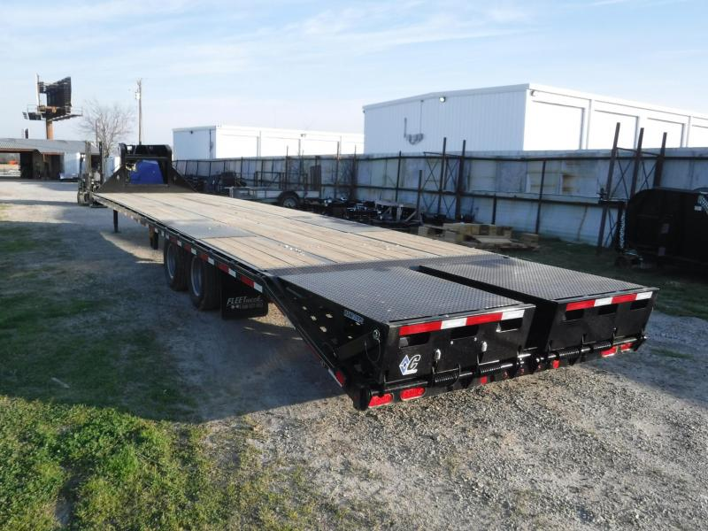 "2018 Diamond C Trailers 102"" x 36' F-Max210 Equipment Trailer"