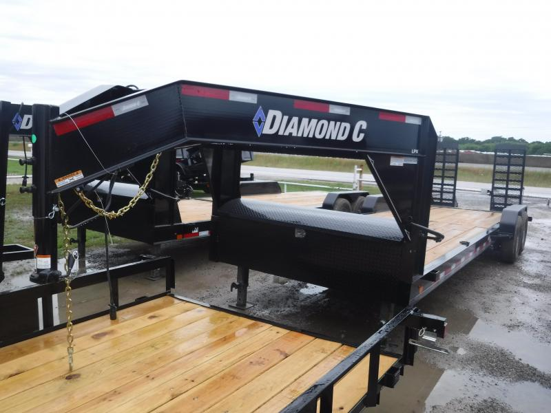 2019 Diamond C Trailers 82x24 24ft Gooseneck Flatbed Equipment Trailer