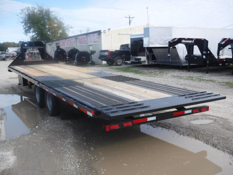 2018 Diamond C Trailers 102 x 32 FMAX210 Flatbed Trailer