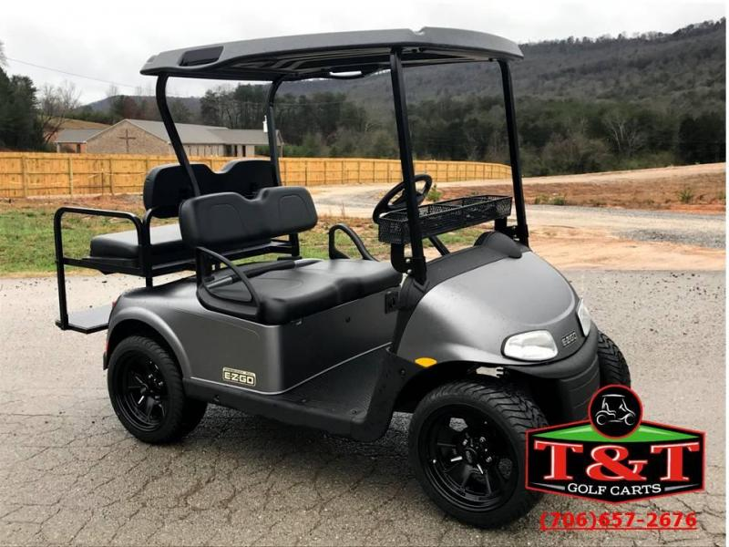 2018 E-Z-GO Freedom RXV Electric Golf Cart | T and T Golf ...