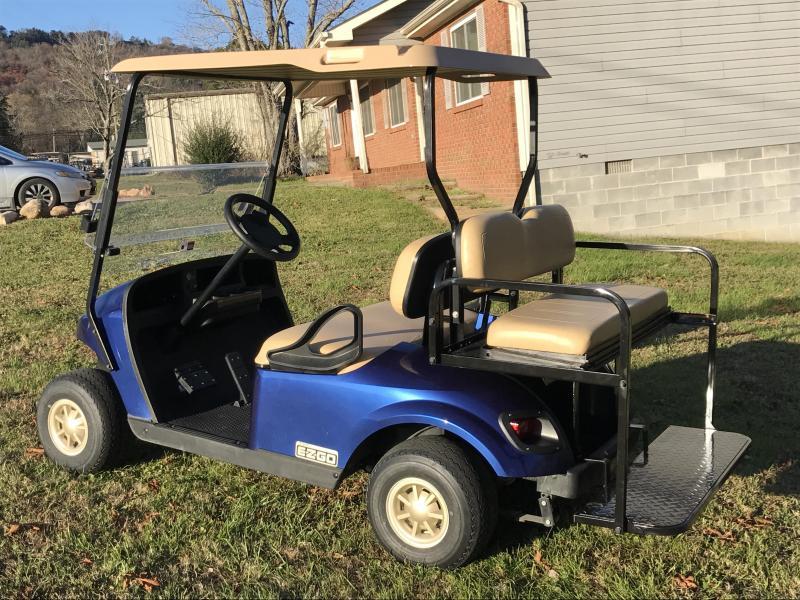 2017 E-Z-GO TXT GAS Golf Cart