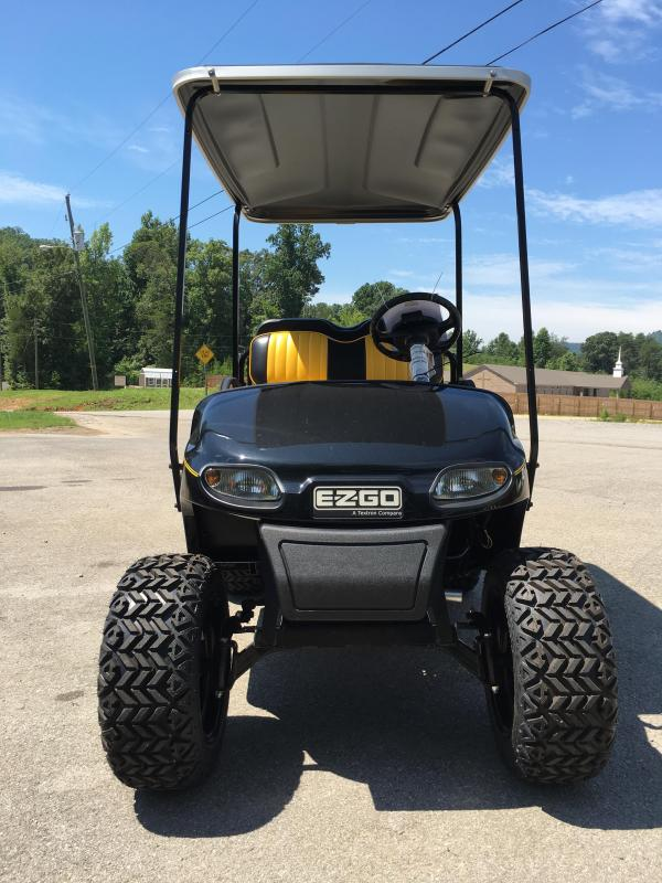 2017 E-Z-GO TXT GAS Golf Cart