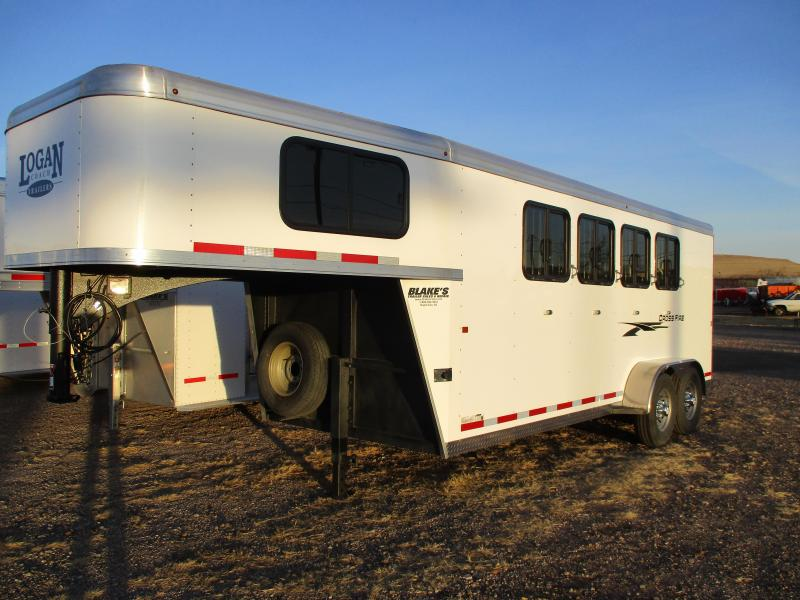 2019 Logan Coach Cross fire Horse Trailer