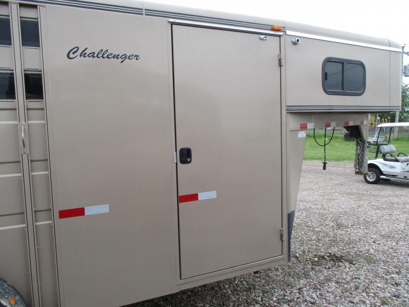 2004 Titan Trailers Challenger Livestock Trailer
