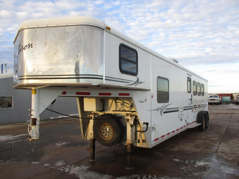 2005 Bison Trailers 4 Horse Horse Trailer