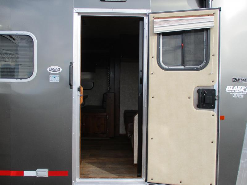 2019 Logan Coach Limited Livestock Trailer