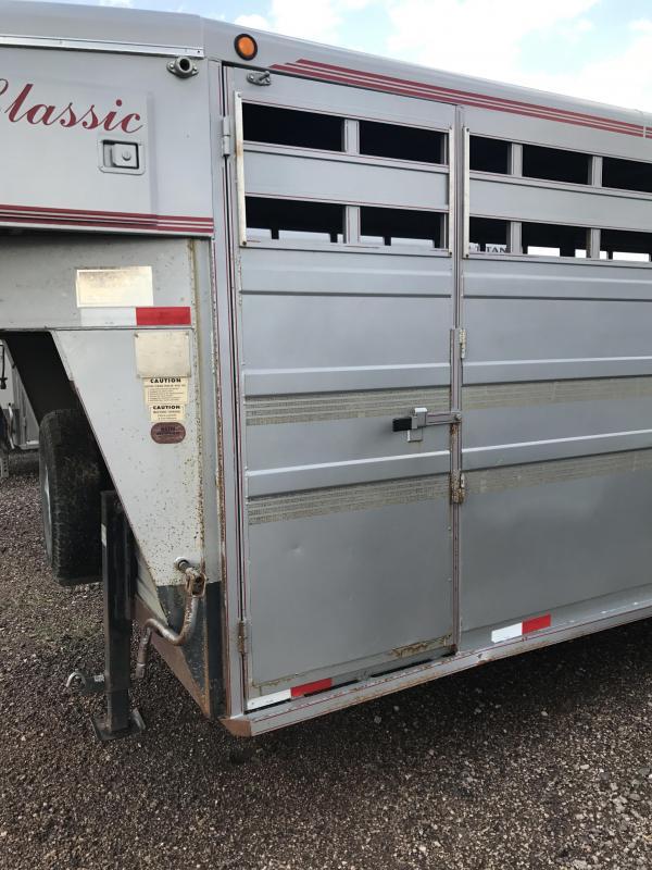 2001 Titan Trailers Stock Livestock Trailer