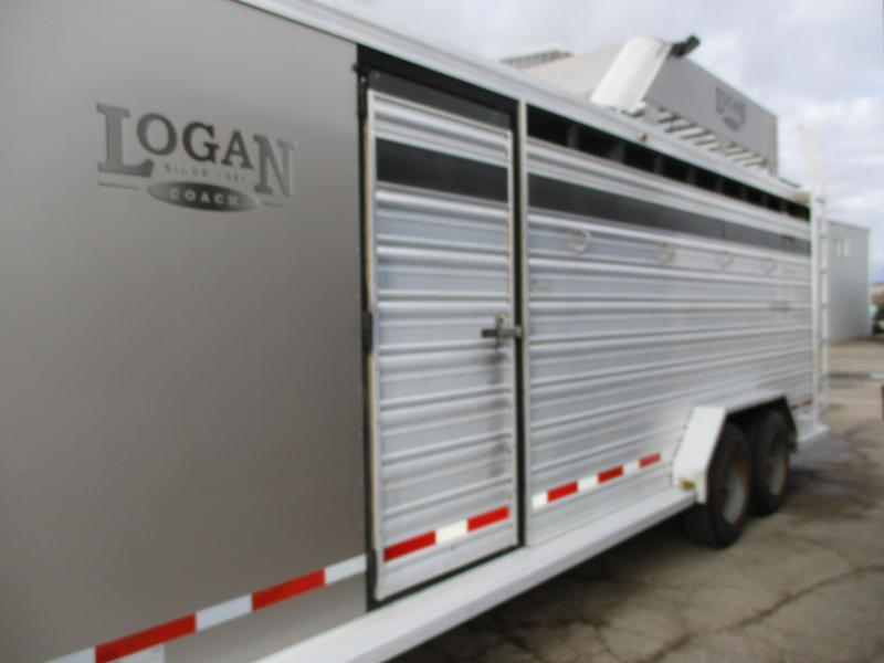 2012 Logan Coach Stock Combo Livestock Trailer 7 X 22