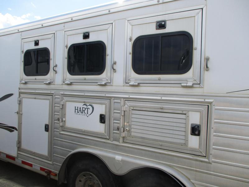 2003 Hart Trailers 3 Horse Horse Trailer