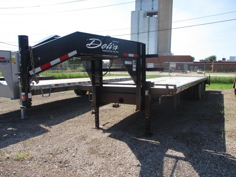 2007 Delta Manufacturing Flatbed  Trailer 8'6 X 32