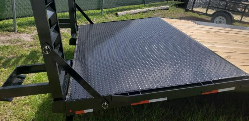 "2018 102"" X 25' Deckover Equipment Trailer (AMP)"