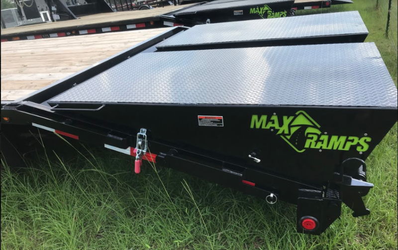 2018 Load Trail 102x30 Gooseneck Equipment Trailer