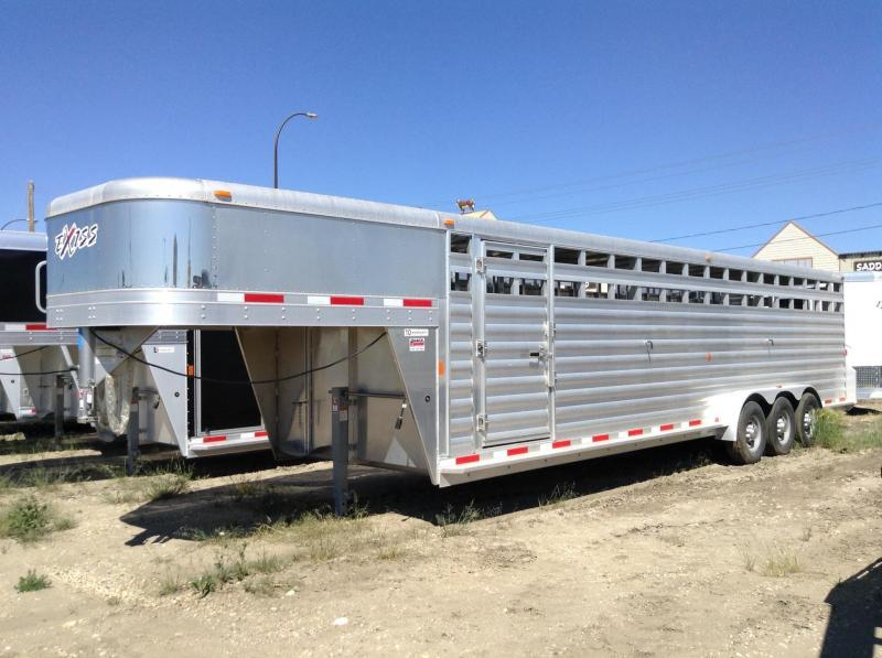 2016 30' Exiss Livestock Trailer