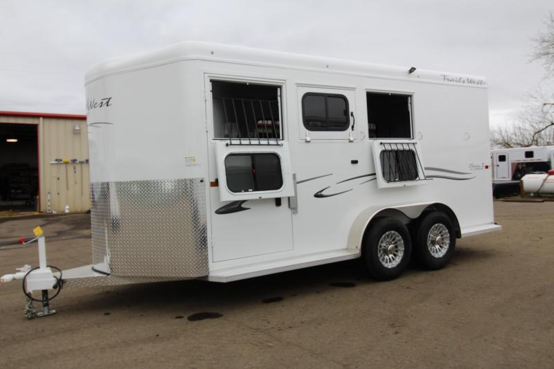 "2019 Trails West Classic 3 Horse Trailer-7'6"" Tall-With Escape Door - Lined and Insulated Horse Area Roof"