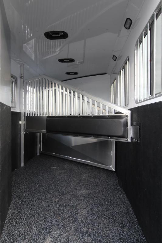 2019 Exiss Escape 7308 Living Quarters w/ 8ft short wall 3 Horse Trailer