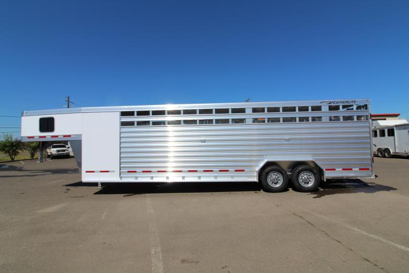 2019 Featherlite 8413 28' Stock Combo Trailer - Fully Enclosed Tack Room - Two Center Dividers w/ Sliding Sort Gates - Upgraded 54' Escape Door