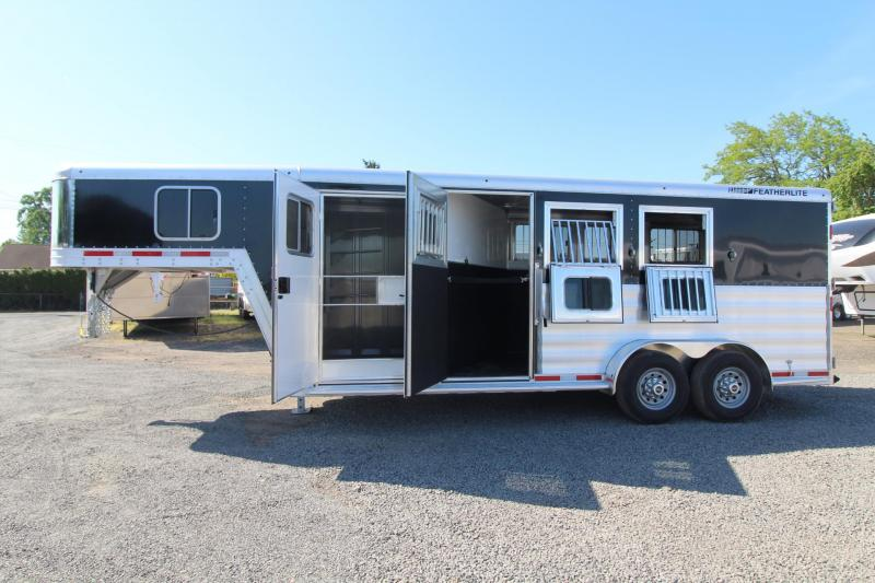 2018 Featherlite 8542 - Rear Tack - Escape Door - 3 Horse Trailer - Large Dressing Room w/ Screen Door
