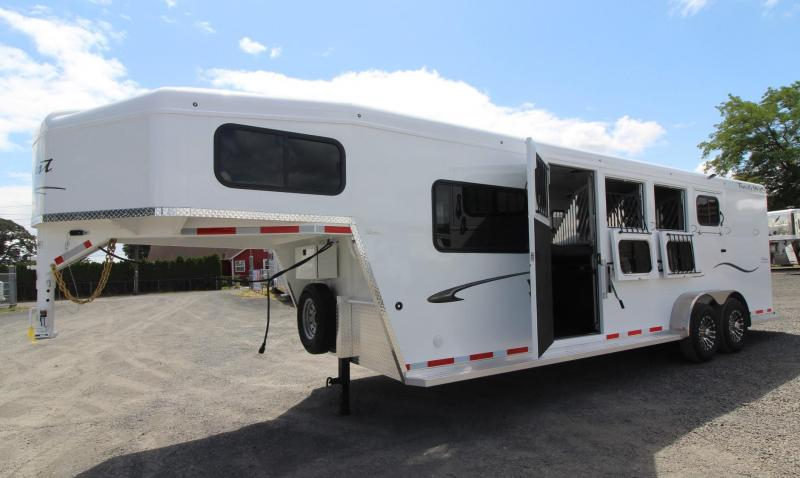 2020 Trails West Classic 5x5 Comfort Package 4 Horse Trailer w/ Side Tack & Insulated Roof