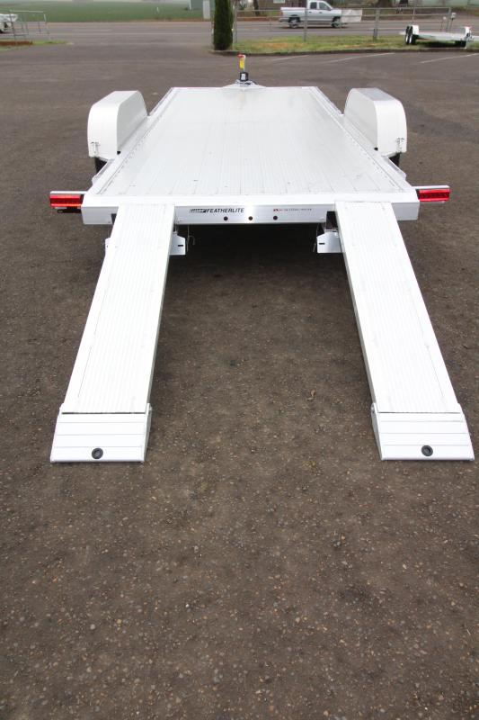 2019 Featherlite 3182 - 18 ft - All Aluminum - Car / Racing Trailer - With Ramps