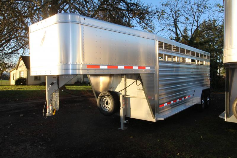 2018 Featherlite 8117 20 ft. Stock Trailer - All Aluminum w/ Center Gate & Slider Rear Gate - Drop Wall Air Vents