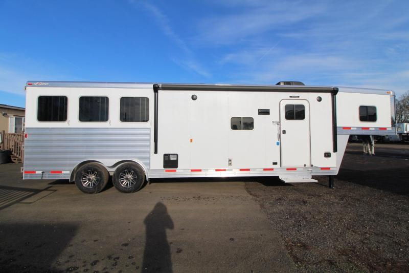 2018 Exiss Endeavor 8312 - 3 Horse 12' Short wall Living Quarters Trailer - Slide out - Polylast Flooring - Living Quarters Loaded W/ Upgrades