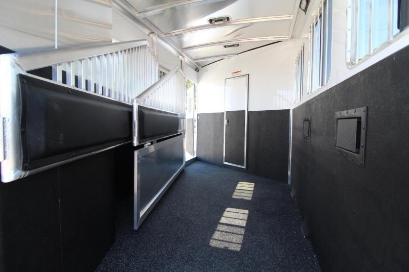 2018 Exiss Escape 7304 - 4.5ft SW Living Quarters 3 Horse Trailer