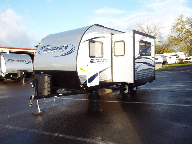2017 Forest River EVO 1850 Travel Trailer - w/ Slide out - Arctic Package - Power Awning - Full Walk on Roof REDUCED $1000