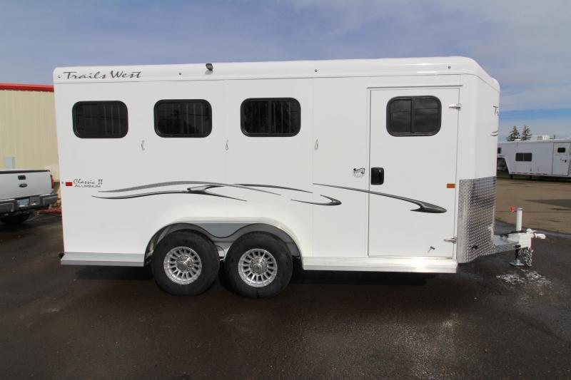 2019 Trails West Classic 3 Horse Trailer - With Escape door
