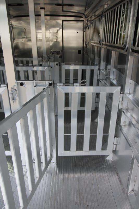 2019 Exiss Exhibitor 720 Livestock Trailer - Pen System - Drop Down Windows - Air Gaps - Rear Ramp -