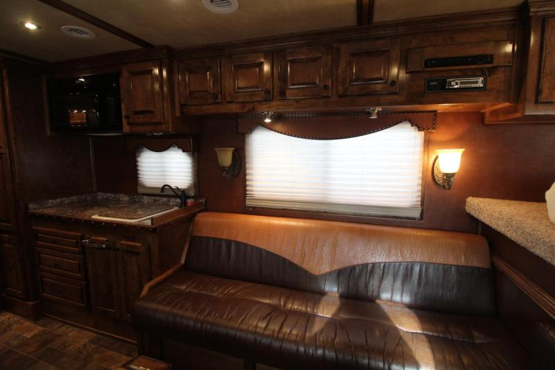 2015 Platinum Coach 3 Horse Living Quarters Trailer w/ Outlaw Conversion interior *Generator* and much more