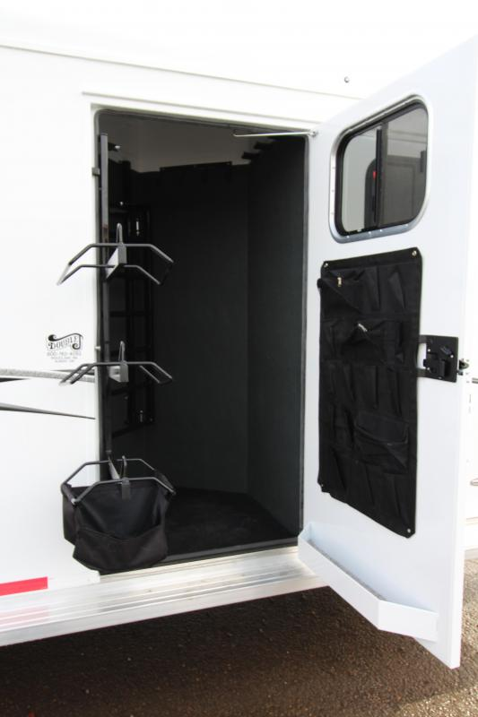 """2018 Trails West Classic Specialite 3 Horse - w/ 5x5 Comfort Package - Side Tack - 7'6"""" Tall - Escape Door - First Stall Stud Wall Divider"""