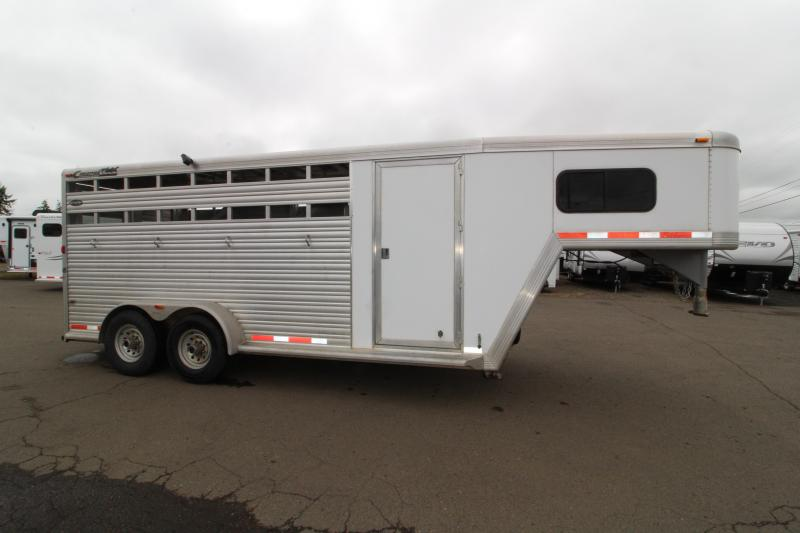 2005 Cimarron 4 Horse Stock Combo Trailer - 3 New Custom Dividers - Enclosed Tack Room - Lockable Driver Side GN Door in Ashburn, VA