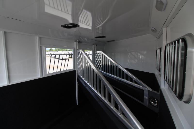 """2018 Trails West Classic II 7'6"""" Tall - Lined & Insulated Roof - Escape Door 3 Horse Trailer - 6000# Axles"""