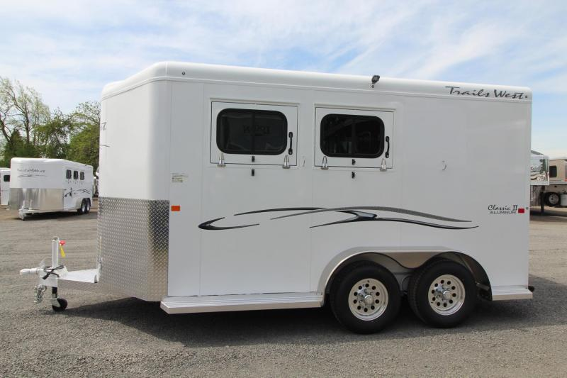 "2018 Trails West Classic II 7' 6"" Tall - 1' Tack Room Extension - Lined & Insulated Roof - 2 Horse Trailer"