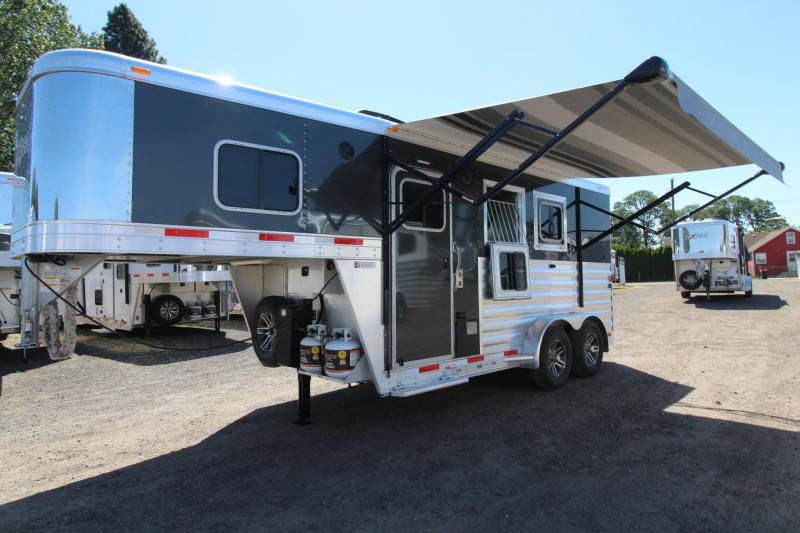 Living Quarter Trailers Horse Trailers For Sale Double J