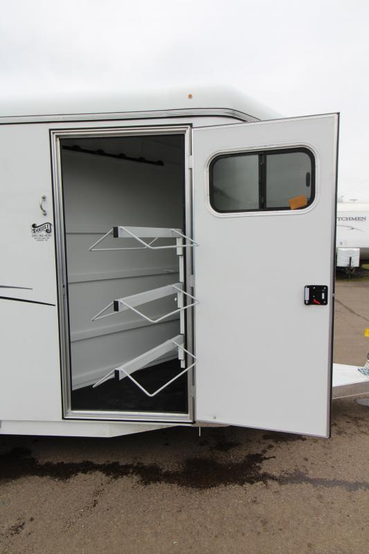 2019 Thuro-Bilt 3 Horse Shilo Trailer - Drop Down Head Side Windows - Tail Side Air Gaps - Fully Enclosed Tack Room with Swing Out Saddle Rack