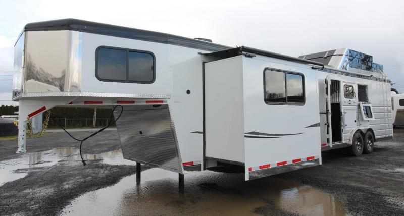 2019 Trails West Sierra 15x19 LQ Side Load w/ Ramp 3 Horse Trailer - Bunk Bed - Full Rear Tack